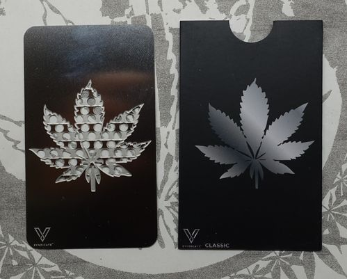 "Grinder Card ""Weedleaf"""
